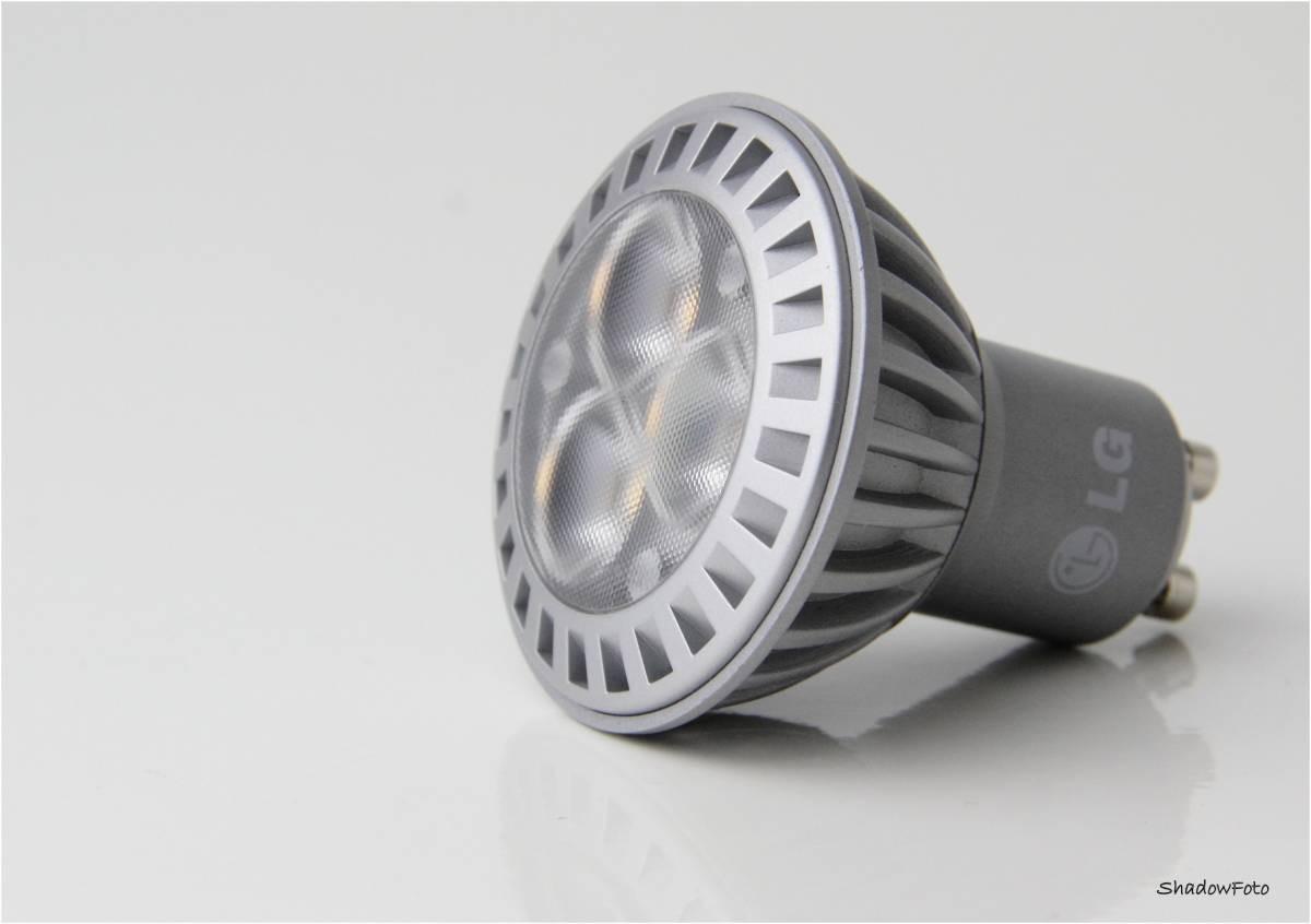 LG LED Spot GU10, 3.5W warmweiß, 3000K, 38°